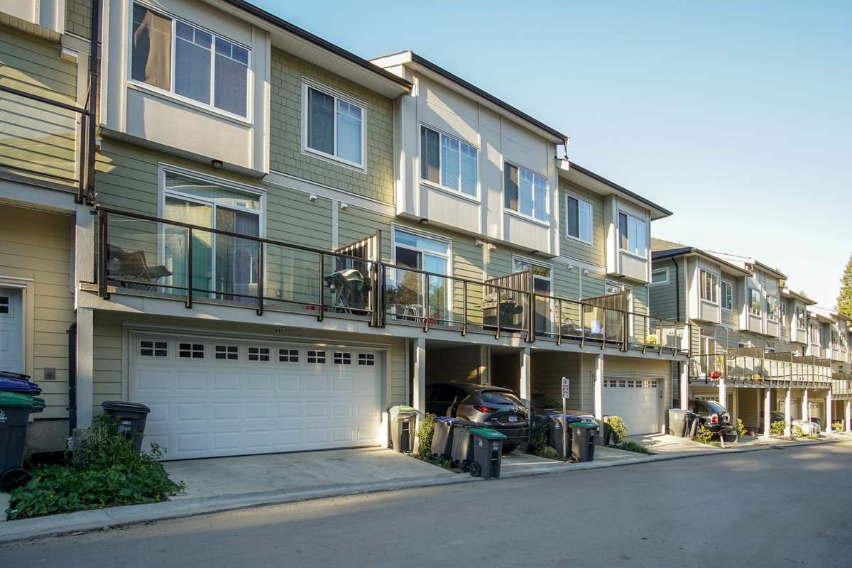 Main Photo: 115 13670 62 Avenue in Surrey: Sullivan Station Townhouse for sale : MLS®# R2369152