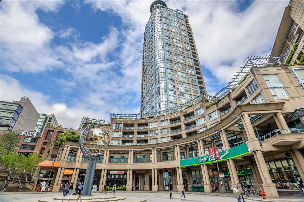 Main Photo: 502 183 KEEFER Place in Vancouver: Downtown VW Condo for sale (Vancouver West)  : MLS®# R2385717