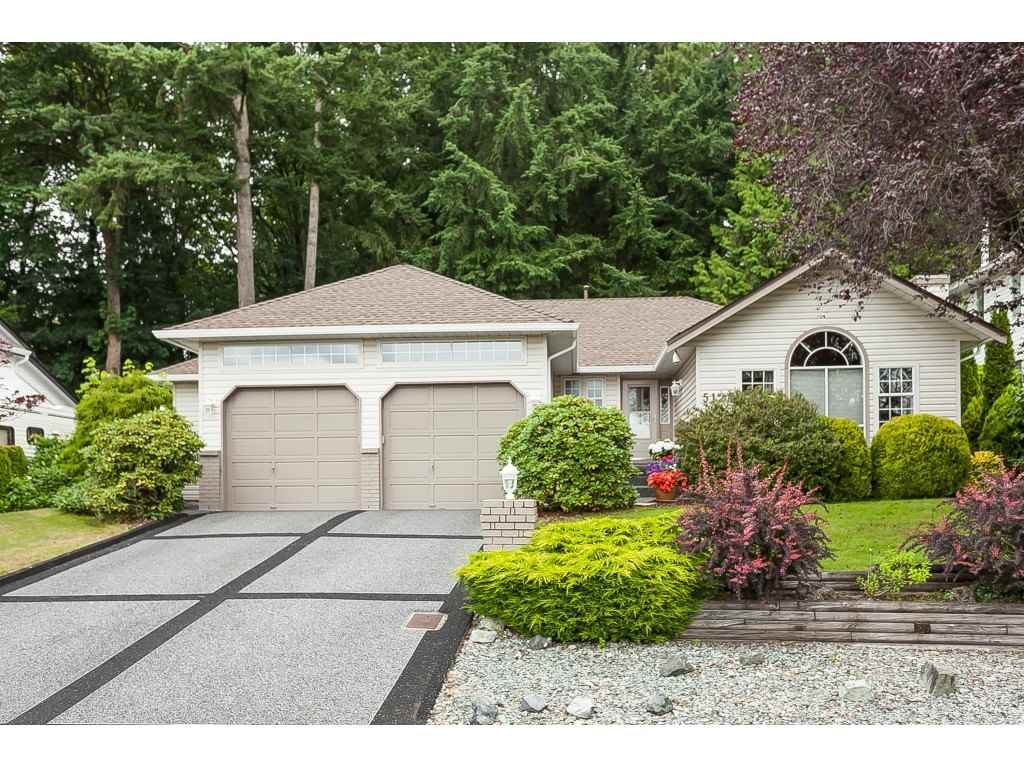 Main Photo: 5124 219A Street in Langley: Murrayville House for sale : MLS®# R2385983