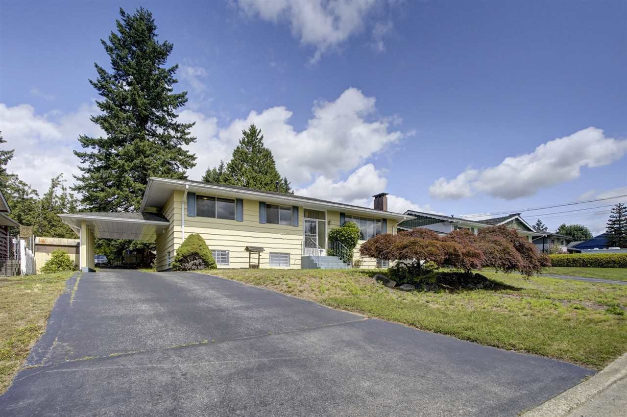 Main Photo: 1735 CHARLAND Avenue in Coquitlam: Central Coquitlam House for sale : MLS®# R2394617