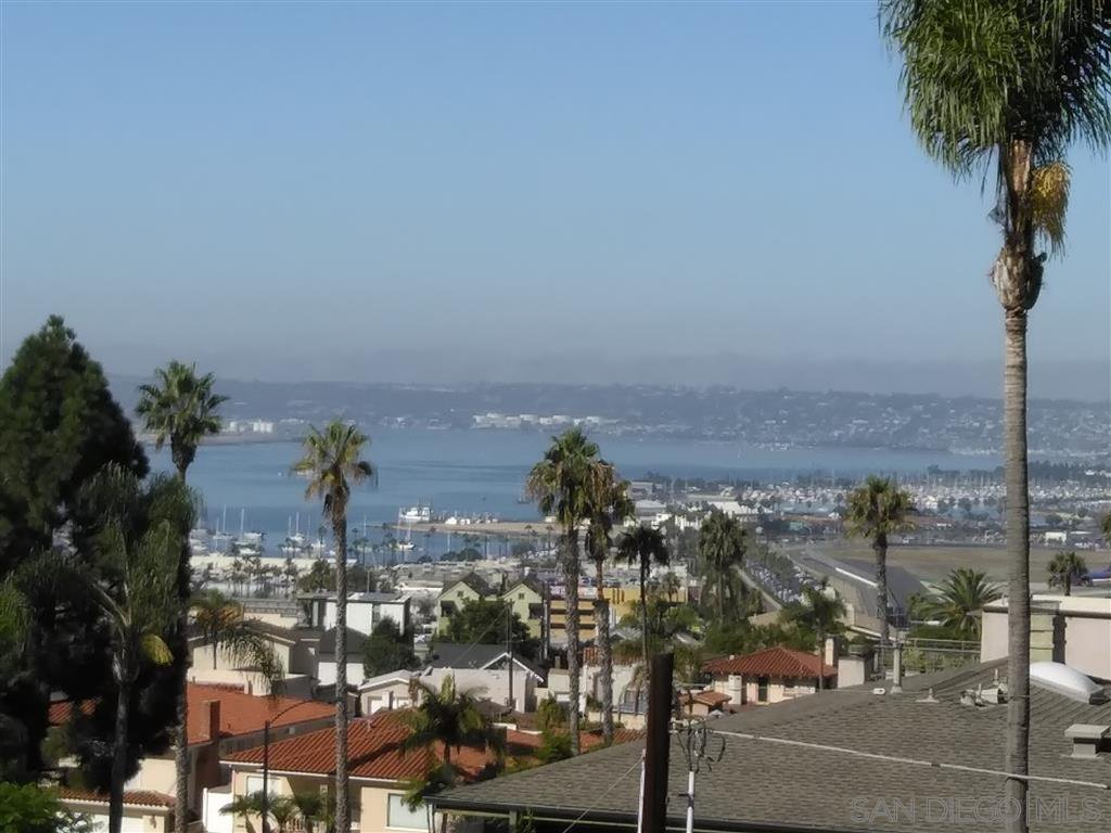 Main Photo: Condo for sale : 2 bedrooms : 230 W Laurel in San Diego