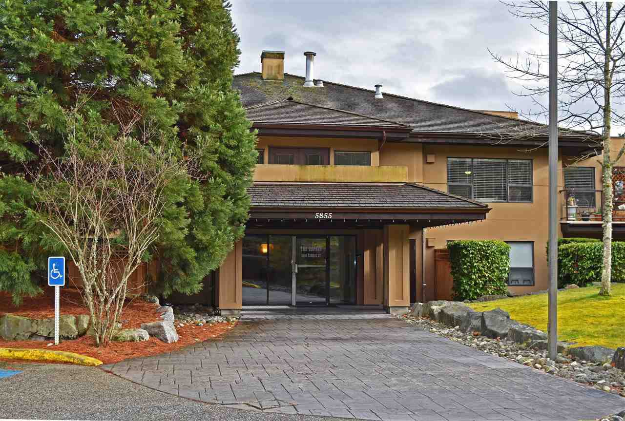 Main Photo: 106 5855 COWRIE Street in Sechelt: Sechelt District Condo for sale (Sunshine Coast)  : MLS®# R2441835