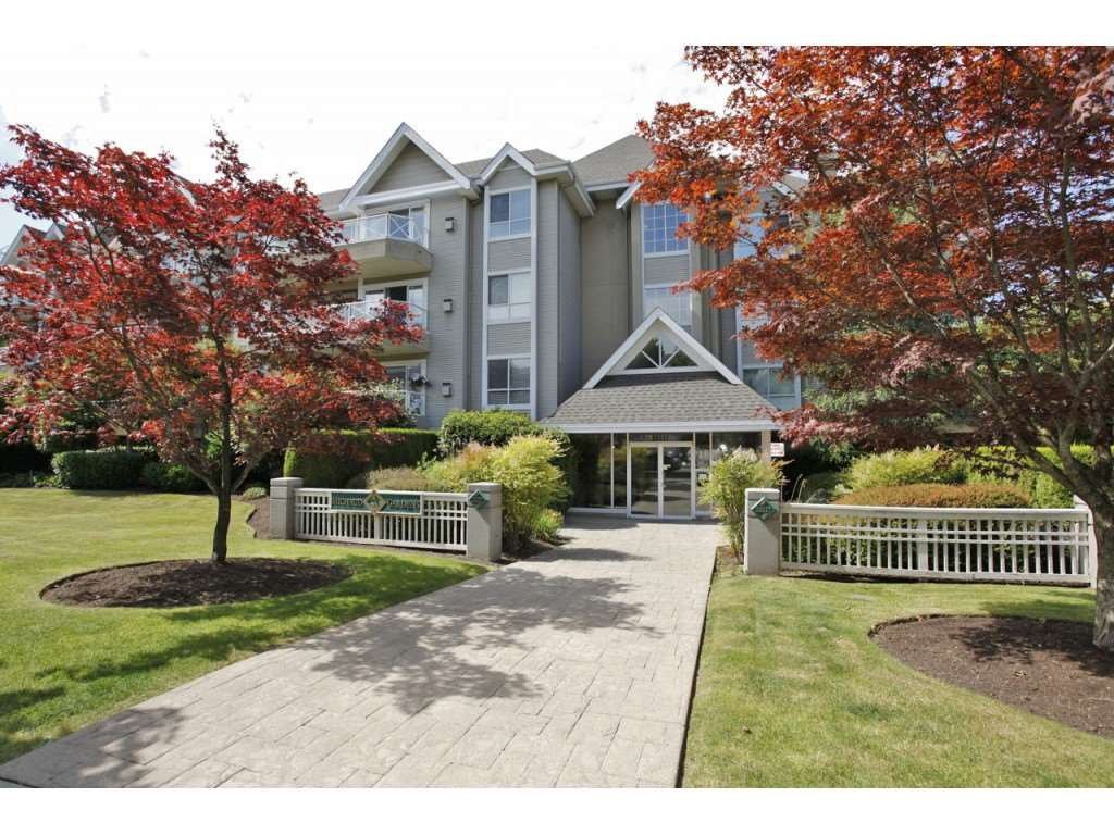 "Main Photo: 203 20217 MICHAUD Crescent in Langley: Langley City Condo for sale in ""Michaud Gardens"" : MLS®# R2442178"