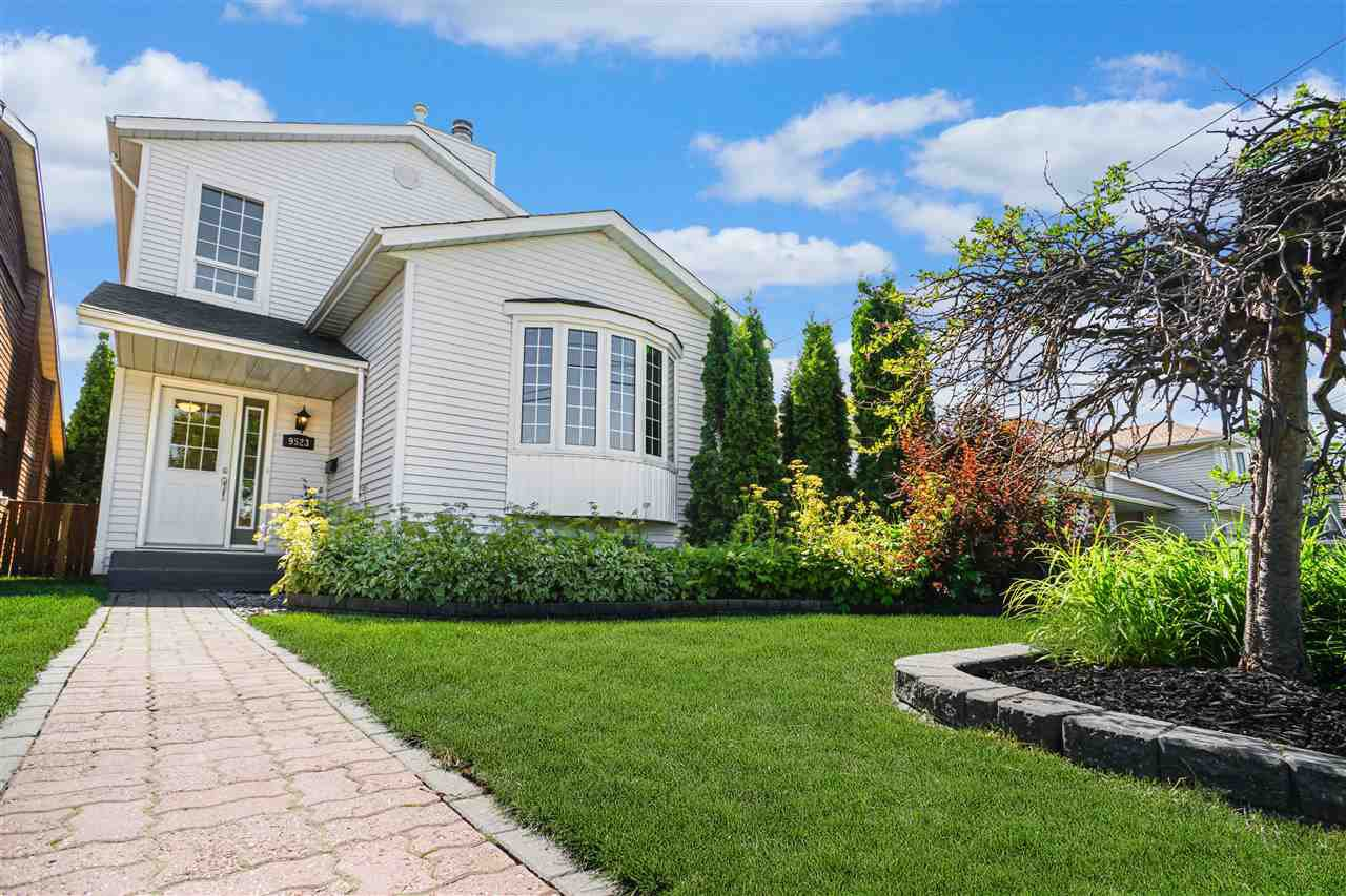 Main Photo: 9523 88 Avenue in Edmonton: Zone 18 House for sale : MLS®# E4208340