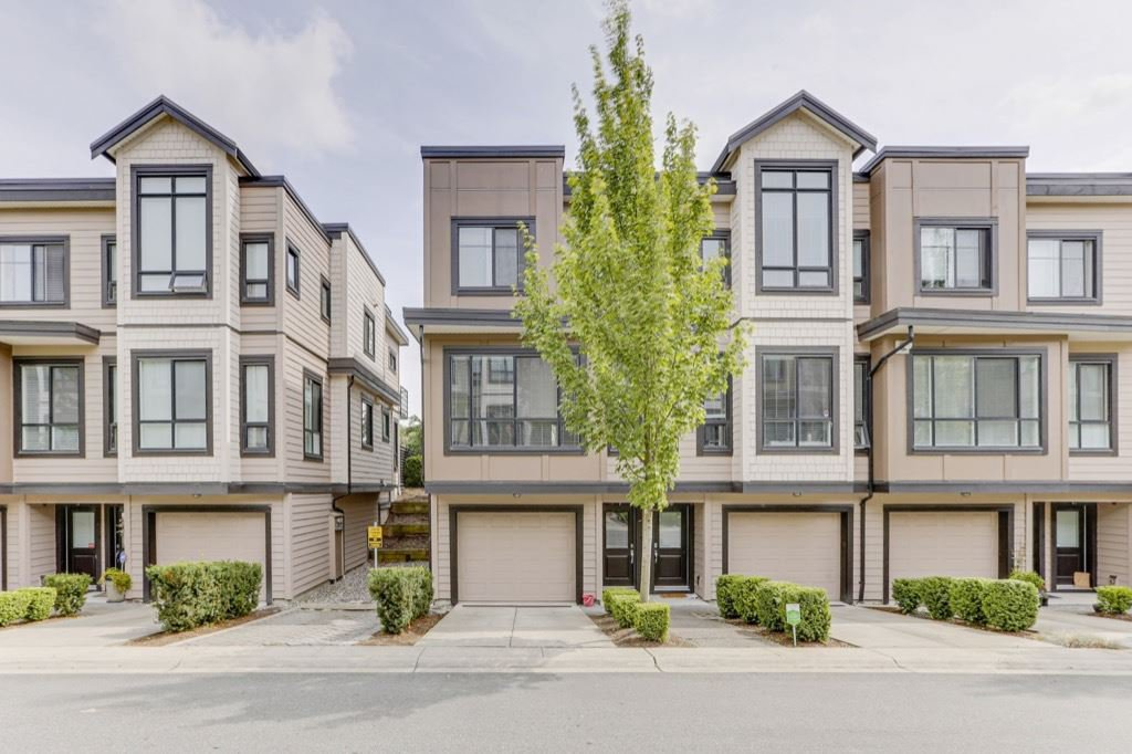 Main Photo: 7 100 WOOD STREET in New Westminster: Queensborough Townhouse for sale : MLS®# R2481818