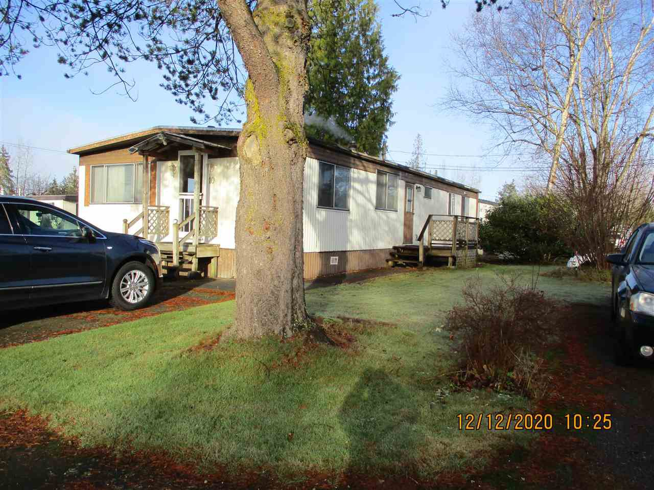 """Main Photo: 10 23141 72 Avenue in Langley: Salmon River Manufactured Home for sale in """"LIVINGSTONE PARK"""" : MLS®# R2523897"""