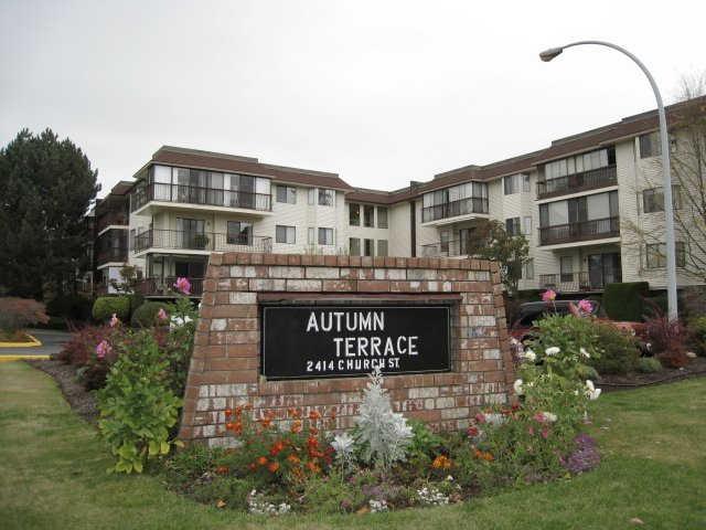 "Main Photo: 203 2414 CHURCH Street in Abbotsford: Abbotsford West Condo for sale in ""AUTUMN TERRACE"" : MLS®# F1225920"