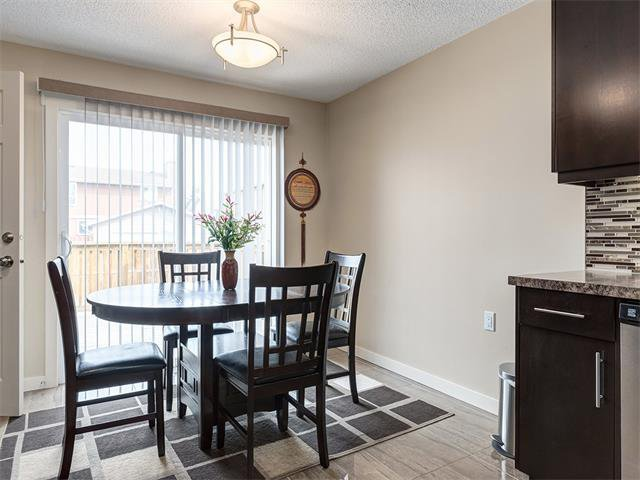 Photo 12: Photos: 116 ERIN PARK Close SE in Calgary: Erinwoods House for sale : MLS®# C4006454