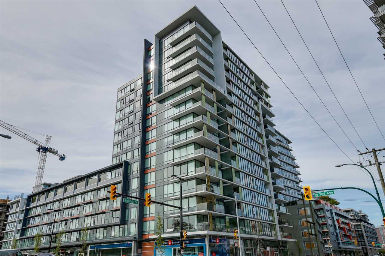 "Main Photo: 322 1783 MANITOBA Street in Vancouver: False Creek Condo for sale in ""RESIDENCES AT WEST"" (Vancouver West)  : MLS®# R2059428"
