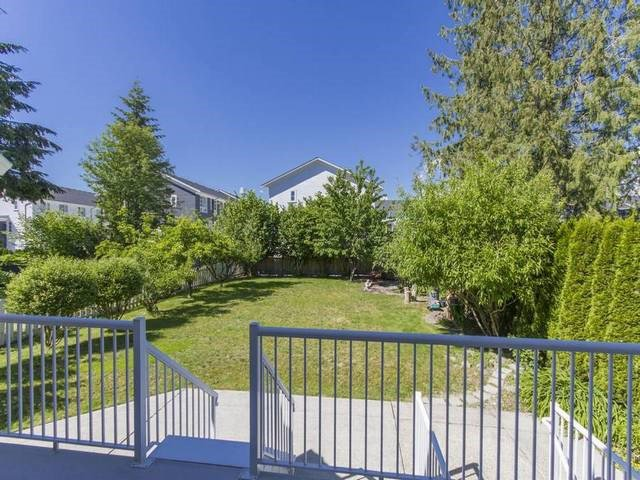 Photo 10: Photos: 531 EBERT Avenue in Coquitlam: Coquitlam West House for sale : MLS®# R2074318