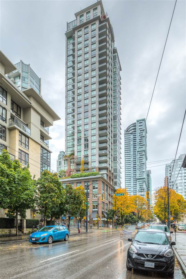 "Main Photo: 1403 535 SMITHE Street in Vancouver: Yaletown Condo for sale in ""YALETOWN"" (Vancouver West)  : MLS®# R2118653"