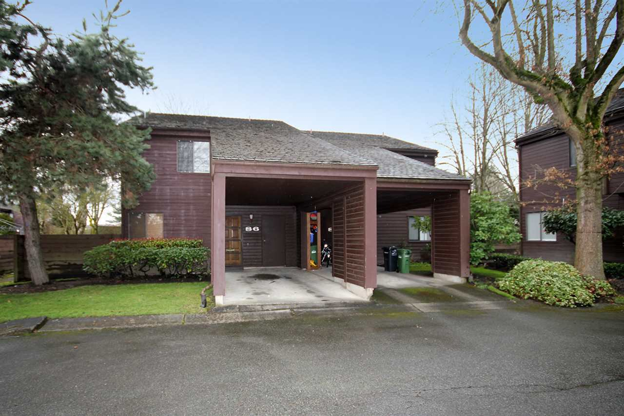 """Main Photo: 86 6880 LUCAS Road in Richmond: Woodwards Townhouse for sale in """"TIMBERWOOD VILLAGE"""" : MLS®# R2153319"""
