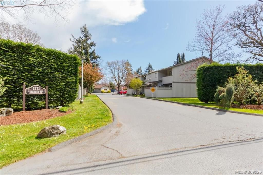 Main Photo: 17 2771 Spencer Road in VICTORIA: La Langford Proper Townhouse for sale (Langford)  : MLS®# 389525
