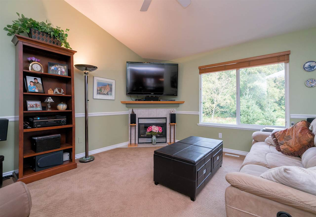 Photo 11: Photos: 23925 115A Avenue in Maple Ridge: Cottonwood MR House for sale : MLS®# R2297575