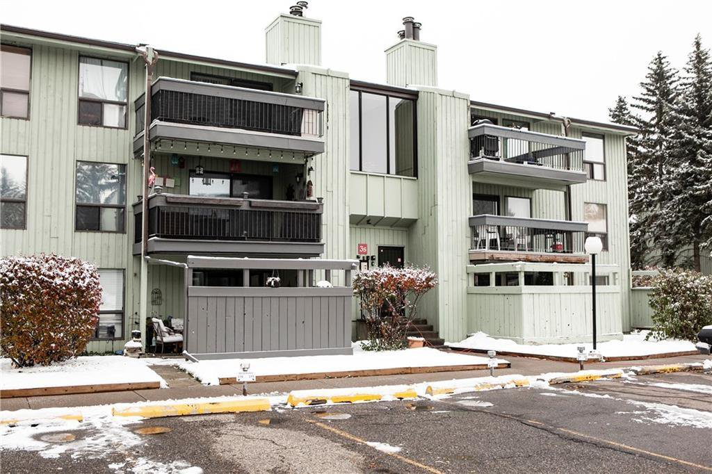 Main Photo: 311 10120 BROOKPARK Boulevard SW in Calgary: Braeside Apartment for sale : MLS®# C4210914