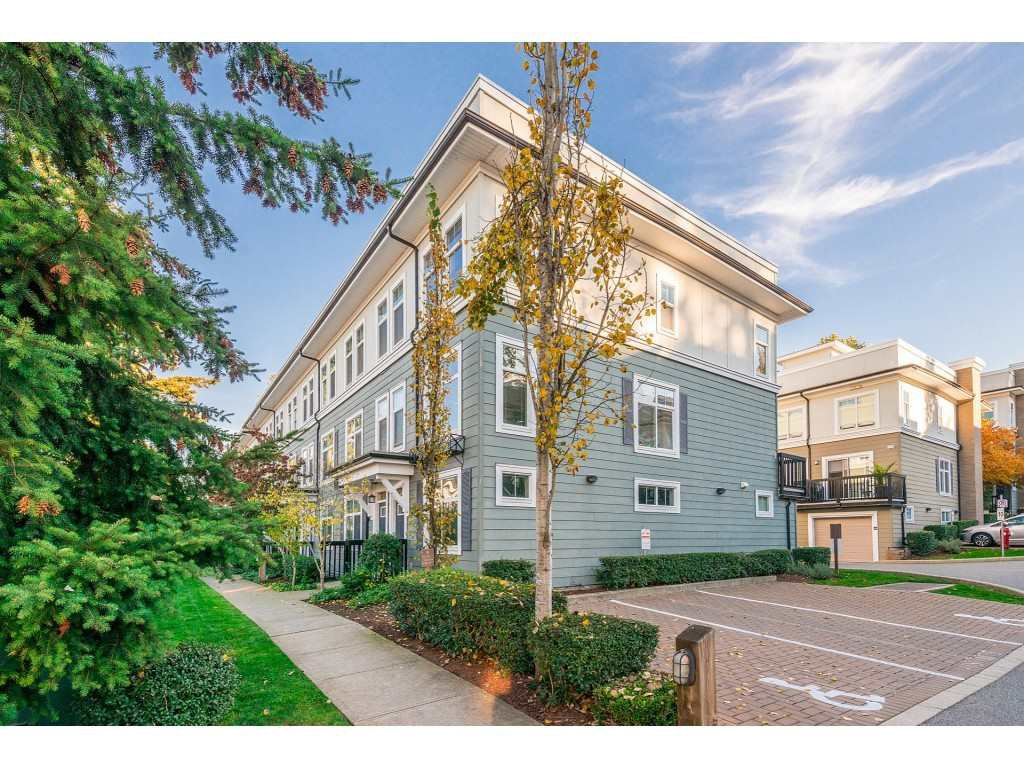"Main Photo: 97 15833 26 Avenue in Surrey: Grandview Surrey Townhouse for sale in ""Brownstones"" (South Surrey White Rock)  : MLS®# R2317018"