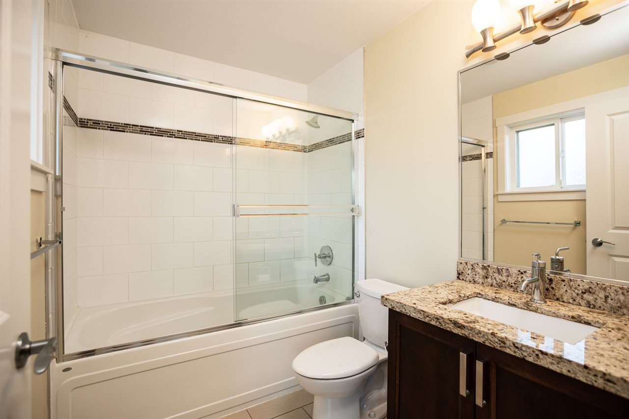 "Photo 13: Photos: 9 9699 SILLS Avenue in Richmond: McLennan North Townhouse for sale in ""KINSBRIDGE"" : MLS®# R2326507"