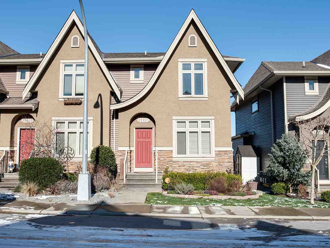 """Main Photo: 21153 77B Avenue in Langley: Willoughby Heights Condo for sale in """"Yorkson Shaunessy Mews"""" : MLS®# R2338148"""
