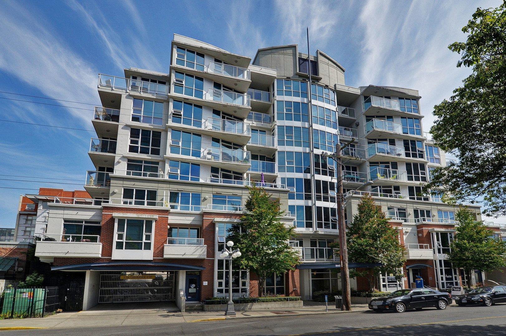 Main Photo: 203 860 View St in VICTORIA: Vi Downtown Condo for sale (Victoria)  : MLS®# 806529