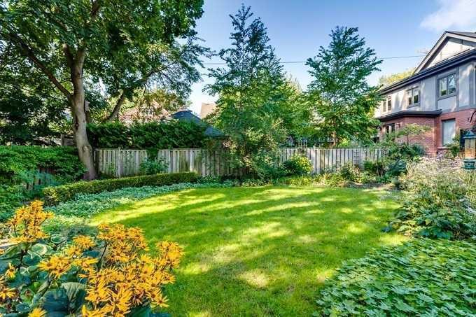 Photo 19: Photos: 19 St Andrews Gardens in Toronto: Rosedale-Moore Park House (2 1/2 Storey) for sale (Toronto C09)  : MLS®# C4395576
