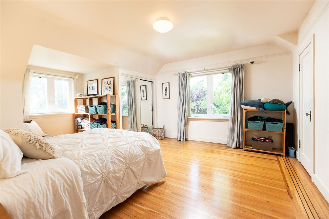 "Photo 14: Photos: 7308 ANGUS Drive in Vancouver: South Granville House for sale in ""South Granville"" (Vancouver West)  : MLS®# R2374219"