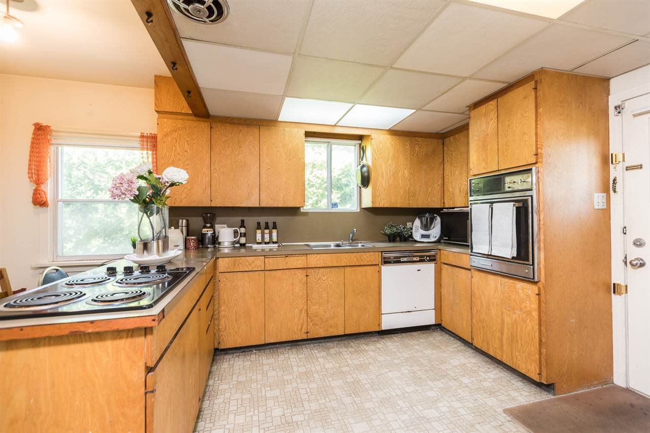 "Photo 9: Photos: 7308 ANGUS Drive in Vancouver: South Granville House for sale in ""South Granville"" (Vancouver West)  : MLS®# R2374219"
