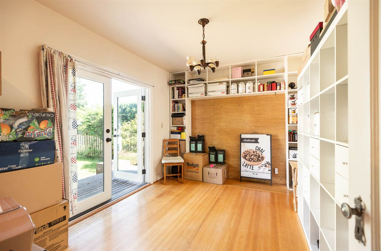 "Photo 11: Photos: 7308 ANGUS Drive in Vancouver: South Granville House for sale in ""South Granville"" (Vancouver West)  : MLS®# R2374219"