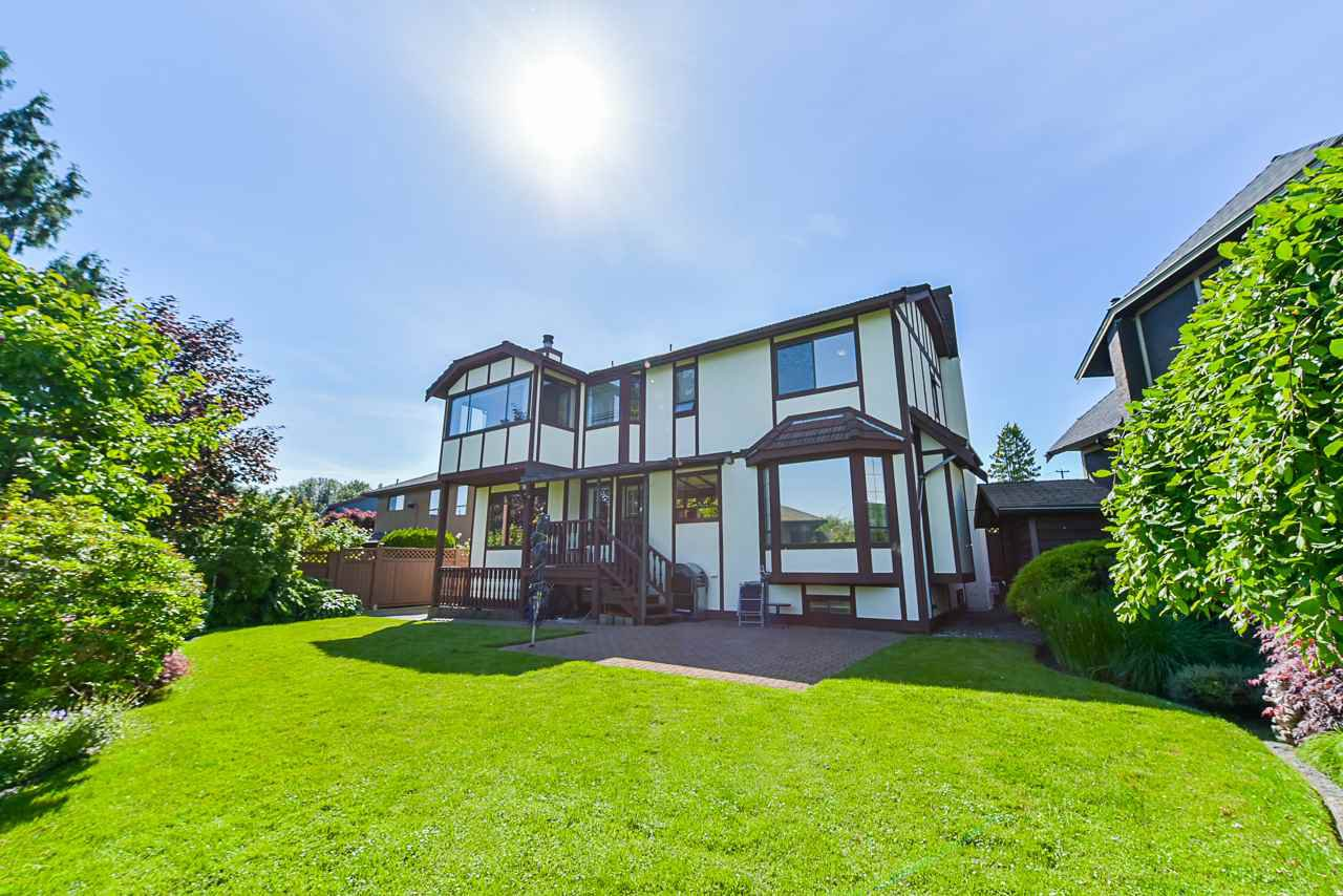 """Photo 20: Photos: 412 GLENBROOK Drive in New Westminster: Fraserview NW House for sale in """"Fraserview"""" : MLS®# R2379279"""
