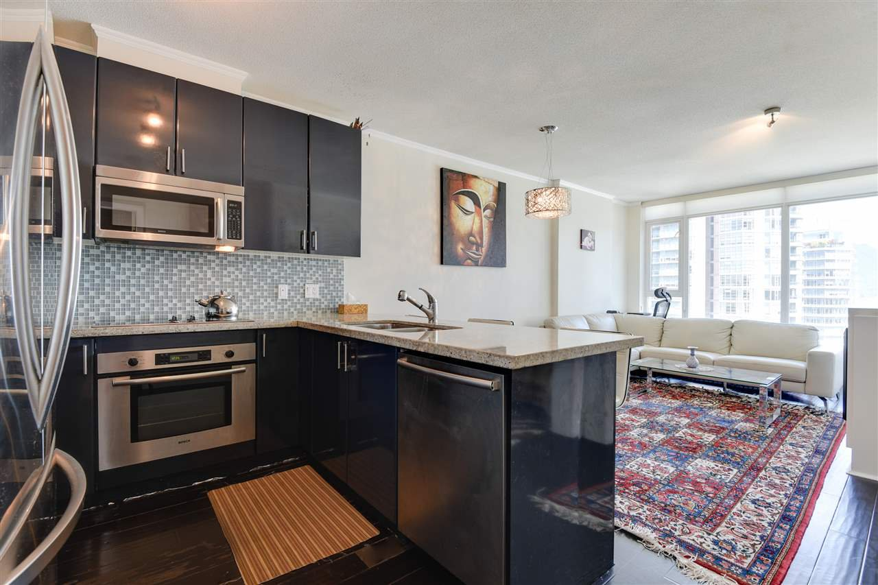 """Photo 6: Photos: 1903 1188 W PENDER Street in Vancouver: Coal Harbour Condo for sale in """"Sapphire"""" (Vancouver West)  : MLS®# R2387389"""