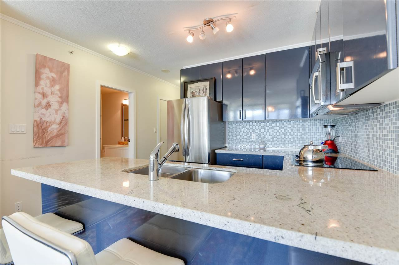 """Photo 11: Photos: 1903 1188 W PENDER Street in Vancouver: Coal Harbour Condo for sale in """"Sapphire"""" (Vancouver West)  : MLS®# R2387389"""