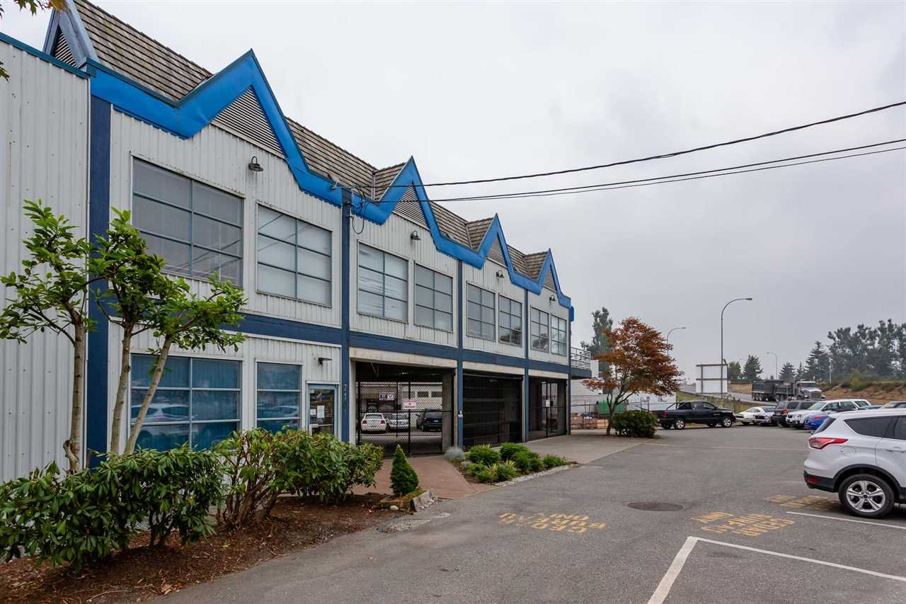 Main Photo: 7101 HORNE STREET in Mission: Mission BC Office for sale : MLS®# C8024318