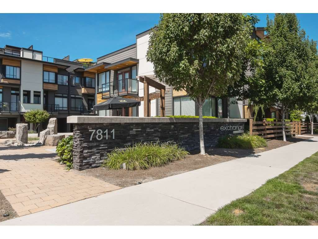 "Main Photo: 29 7811 209 Street in Langley: Willoughby Heights Townhouse for sale in ""Exchange"" : MLS®# R2392597"