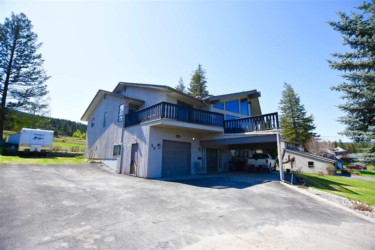 "Main Photo: 39 FAIRVIEW Drive in Williams Lake: Williams Lake - City House for sale in ""WILLIAMS LAKE GOLF COURSE"" (Williams Lake (Zone 27))  : MLS®# R2428258"