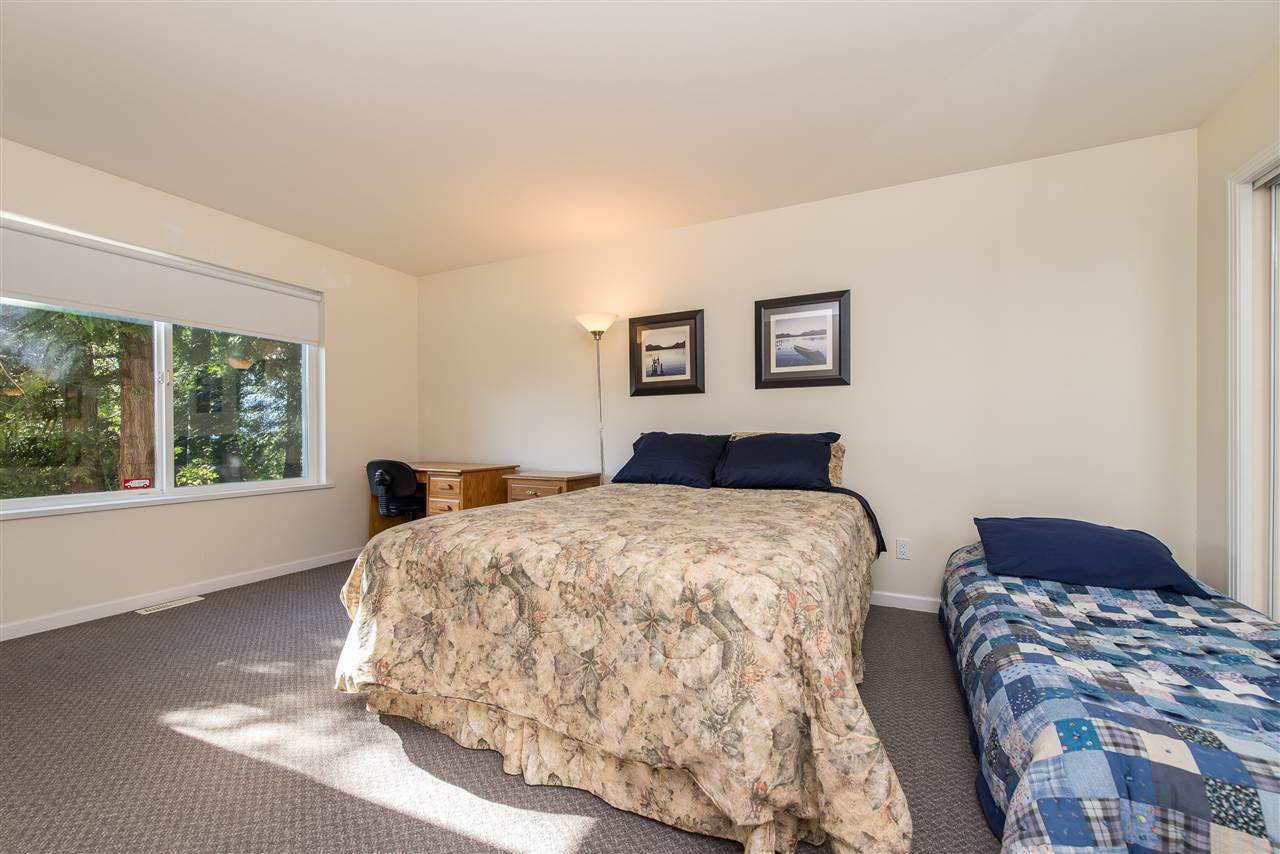 Photo 17: Photos: 6960 ROCKWELL Drive: Harrison Hot Springs House for sale : MLS®# R2462377