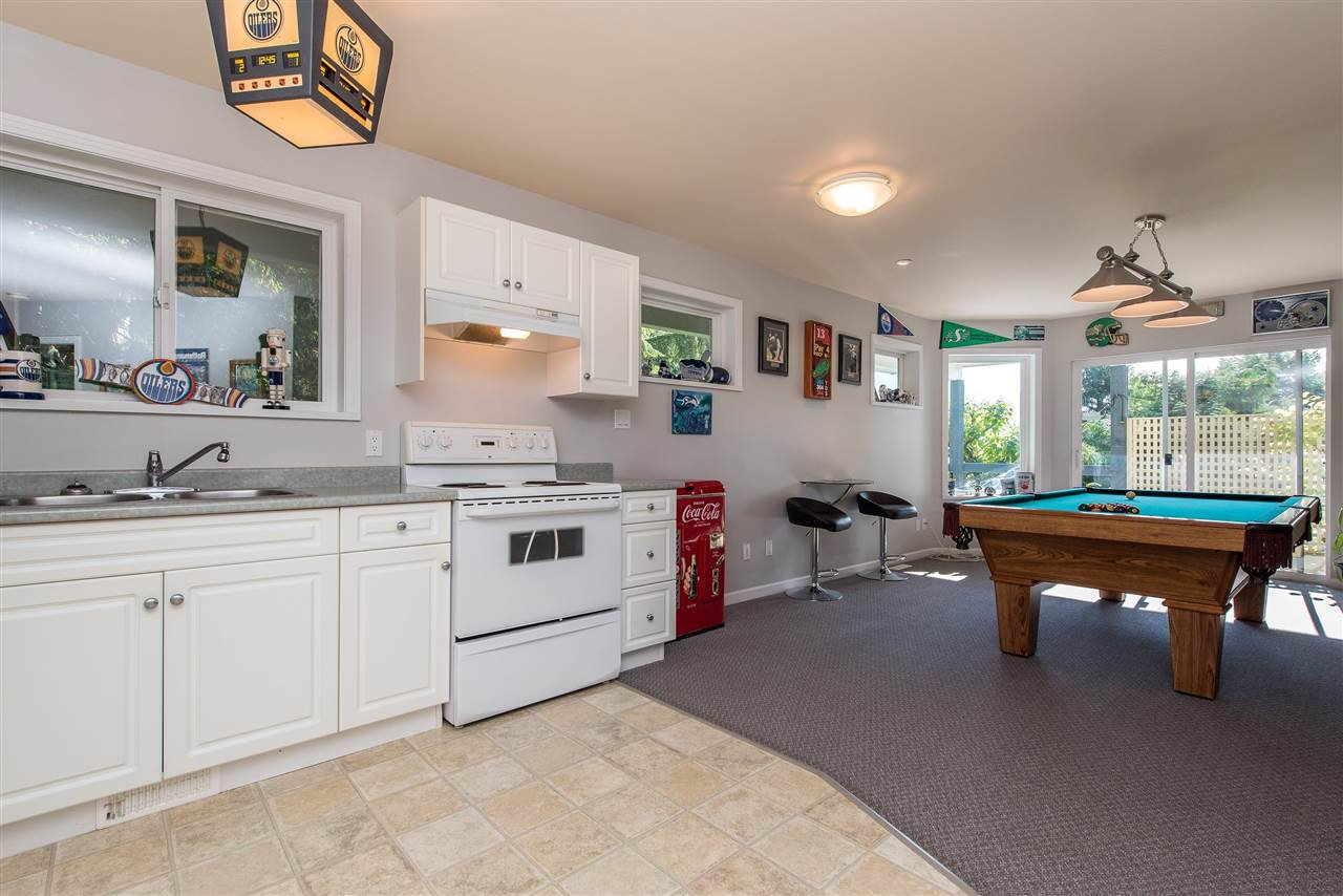 Photo 14: Photos: 6960 ROCKWELL Drive: Harrison Hot Springs House for sale : MLS®# R2462377