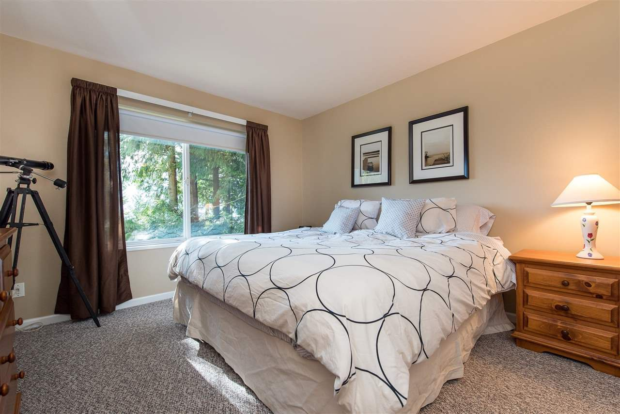 Photo 9: Photos: 6960 ROCKWELL Drive: Harrison Hot Springs House for sale : MLS®# R2462377