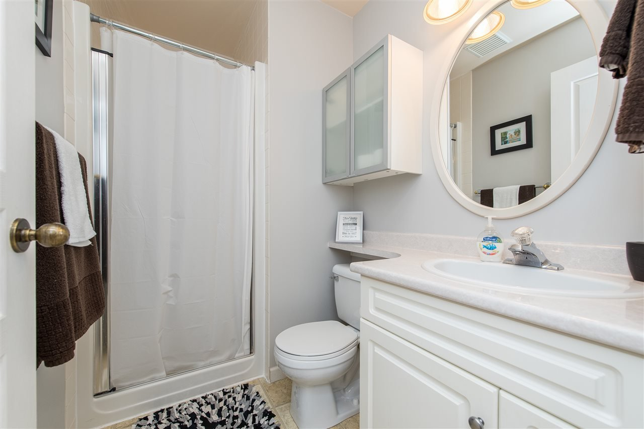 Photo 18: Photos: 6960 ROCKWELL Drive: Harrison Hot Springs House for sale : MLS®# R2462377