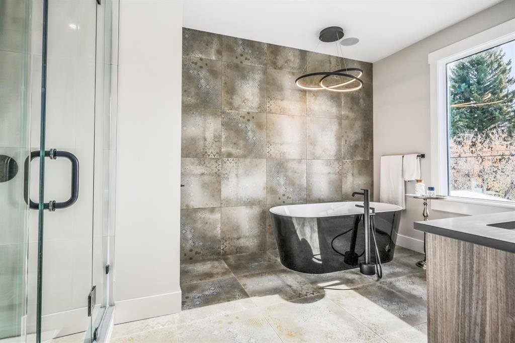 Photo 22: Photos: 827 25 Avenue NW in Calgary: Mount Pleasant Detached for sale : MLS®# A1045527