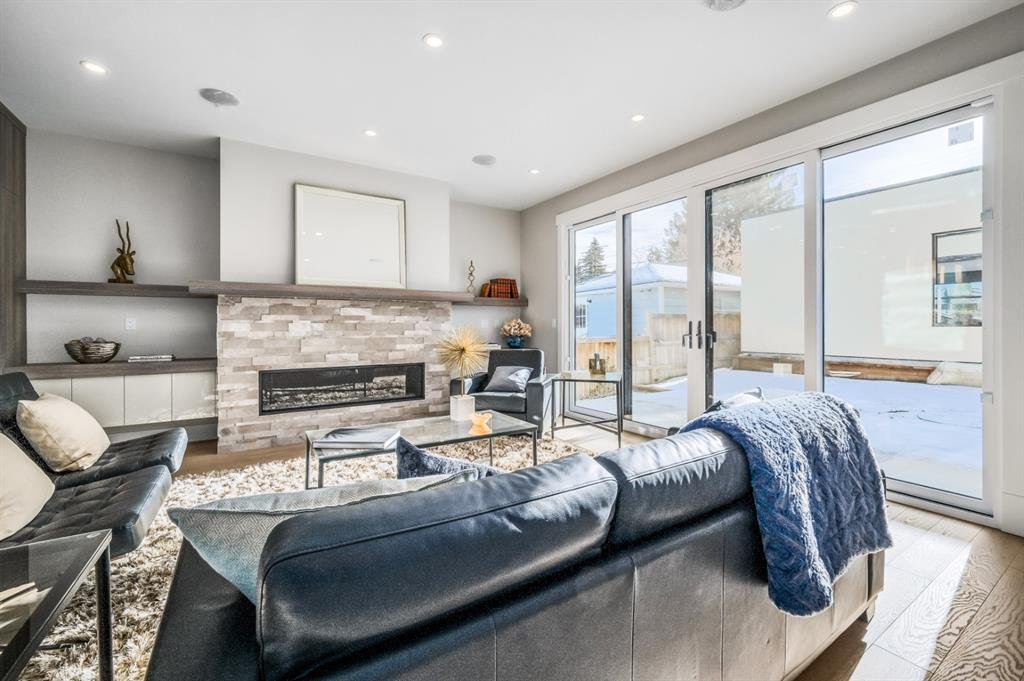 Photo 14: Photos: 827 25 Avenue NW in Calgary: Mount Pleasant Detached for sale : MLS®# A1045527