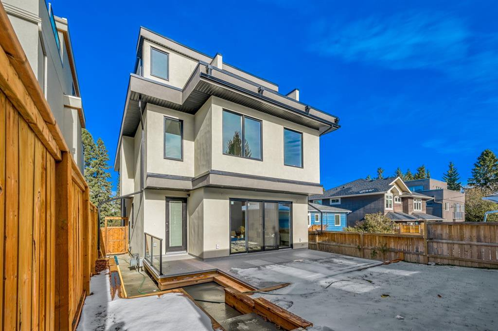 Photo 45: Photos: 827 25 Avenue NW in Calgary: Mount Pleasant Detached for sale : MLS®# A1045527