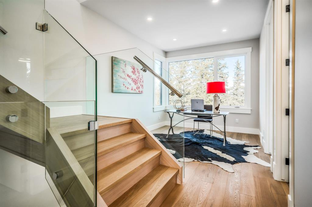 Photo 19: Photos: 827 25 Avenue NW in Calgary: Mount Pleasant Detached for sale : MLS®# A1045527