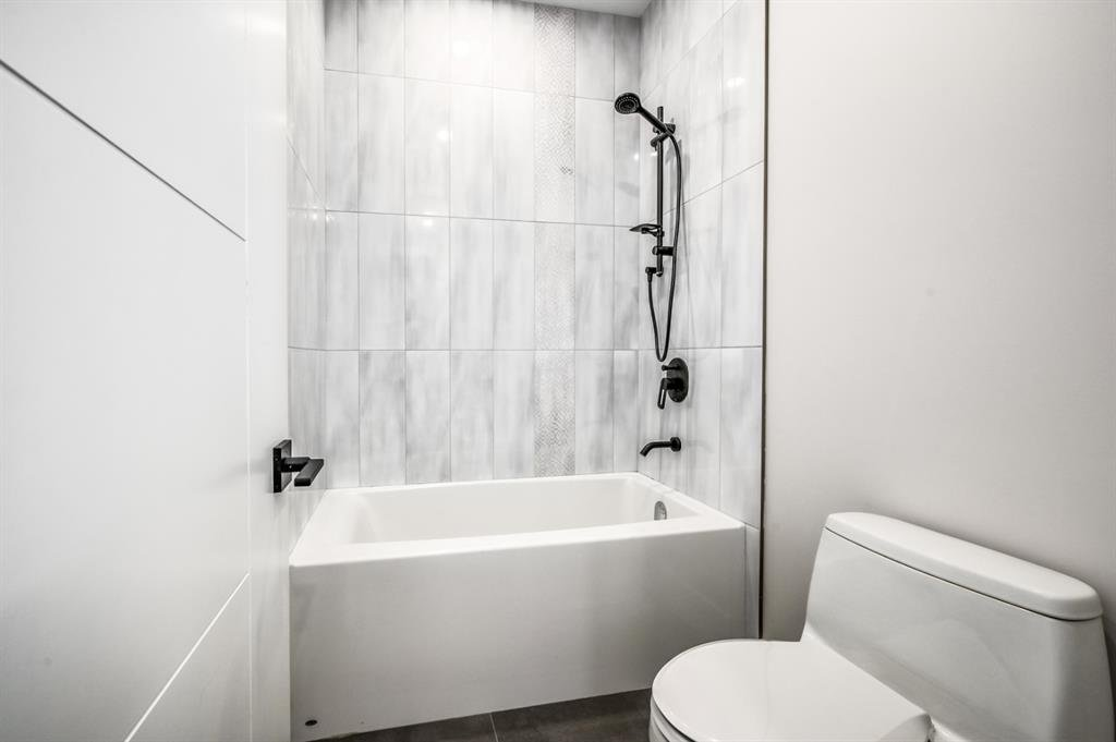 Photo 26: Photos: 827 25 Avenue NW in Calgary: Mount Pleasant Detached for sale : MLS®# A1045527