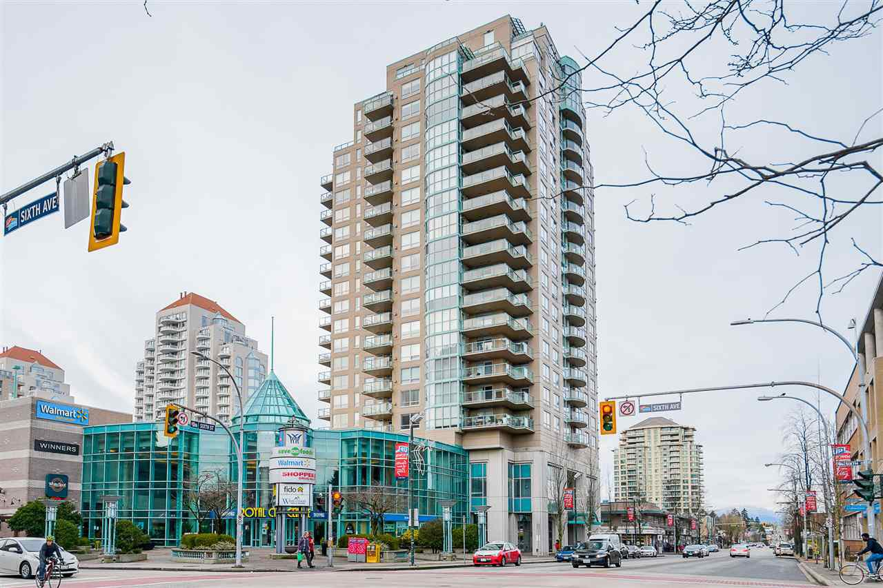 "Main Photo: 1501 612 SIXTH Street in New Westminster: Uptown NW Condo for sale in ""The Woodward"" : MLS®# R2527691"