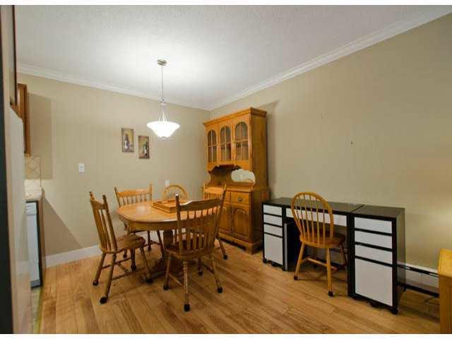 "Photo 6: Photos: 102 1444 MARTIN Street: White Rock Condo for sale in ""MARTINVIEW MANOR"" (South Surrey White Rock)  : MLS®# F1407746"