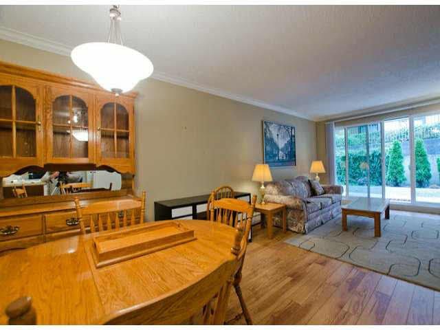 "Photo 7: Photos: 102 1444 MARTIN Street: White Rock Condo for sale in ""MARTINVIEW MANOR"" (South Surrey White Rock)  : MLS®# F1407746"