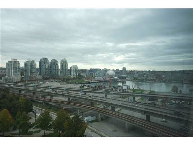 """Photo 8: Photos: 1610 688 ABBOTT Street in Vancouver: Downtown VW Condo  in """"FIRENZE 2"""" (Vancouver West)  : MLS®# V1091067"""