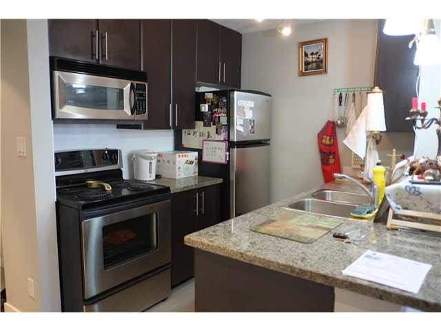 """Photo 3: Photos: 1610 688 ABBOTT Street in Vancouver: Downtown VW Condo  in """"FIRENZE 2"""" (Vancouver West)  : MLS®# V1091067"""