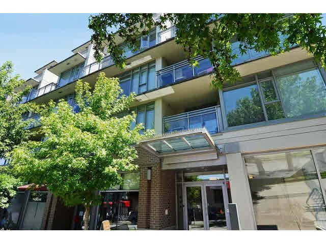 """Main Photo: 413 2520 MANITOBA Street in Vancouver: Mount Pleasant VW Condo for sale in """"VUE"""" (Vancouver West)  : MLS®# V1129209"""
