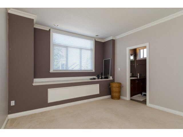Photo 16: Photos: 15440 96TH Avenue in Surrey: Guildford House for sale (North Surrey)  : MLS®# F1448668