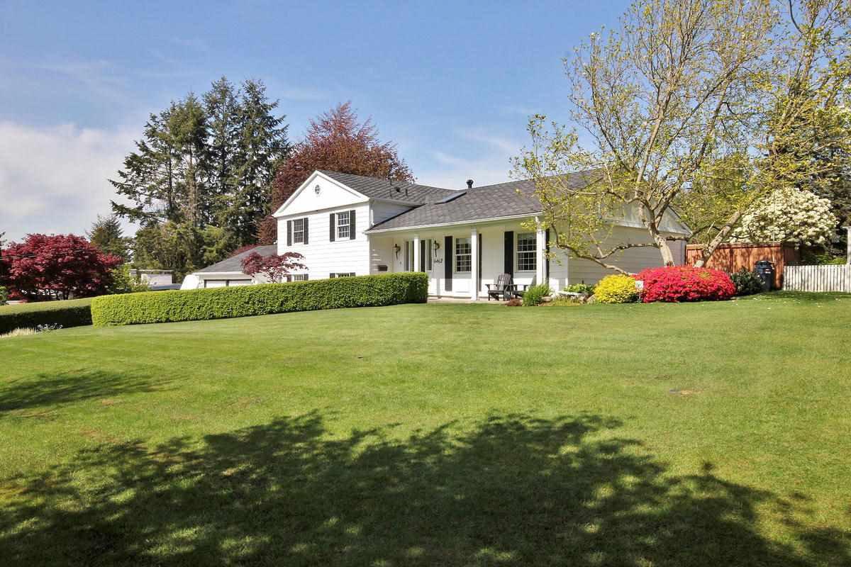 "Main Photo: 6462 CABELDU Crescent in Delta: Sunshine Hills Woods House for sale in ""SUNSHINE HILLS"" (N. Delta)  : MLS®# R2056683"